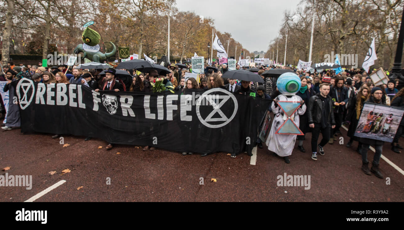 London, UK. 24th Nov 2018. 24 November, 2018. London,UK. 'Extinction Rebellion' climate protesters demonstrated in central London with a funeral procession which included a sit down outside Downing Street and a march to Buckingham Palace. David Rowe/ Alamy Live News. Stock Photo