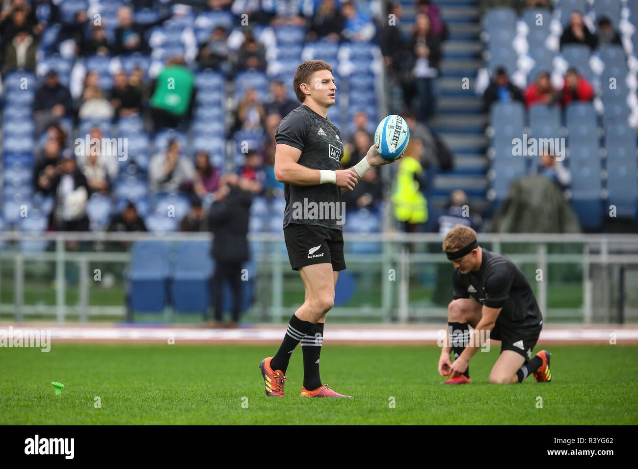 Roma, Italy. 24th November, 2018. All Blacks' fly half Beauden Barrett with Damian McKenzie before the match against Italy in November Cattolica Test Match 2018©Massimiliano Carnabuci/Alamy live score - Stock Image