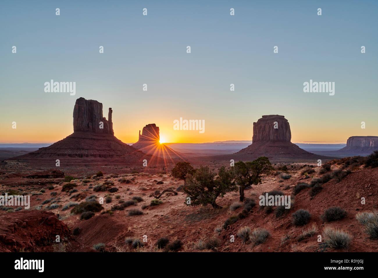 sunrise over Monument Valley, Arizona, USA, North America Stock Photo