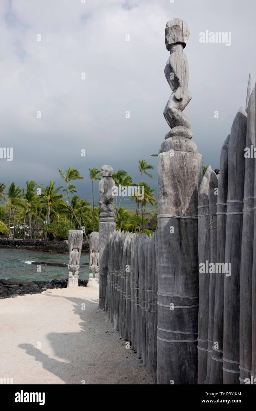 Pu'uhonua, Place of Refuge, Big Island, Hawaii, Tiki Gods - Stock Image