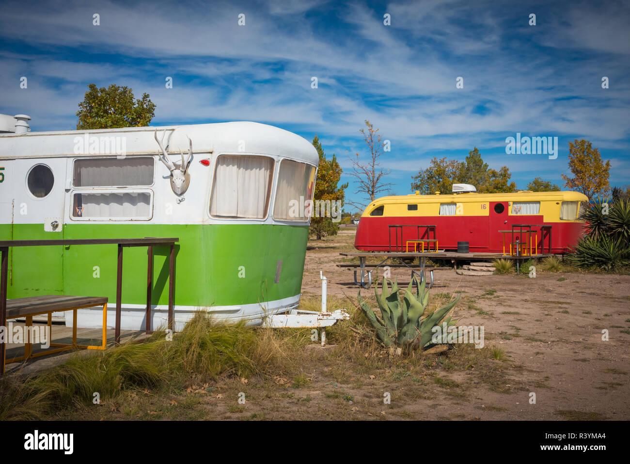 El Cosmico lodging in Marfa, Texas - Stock Image