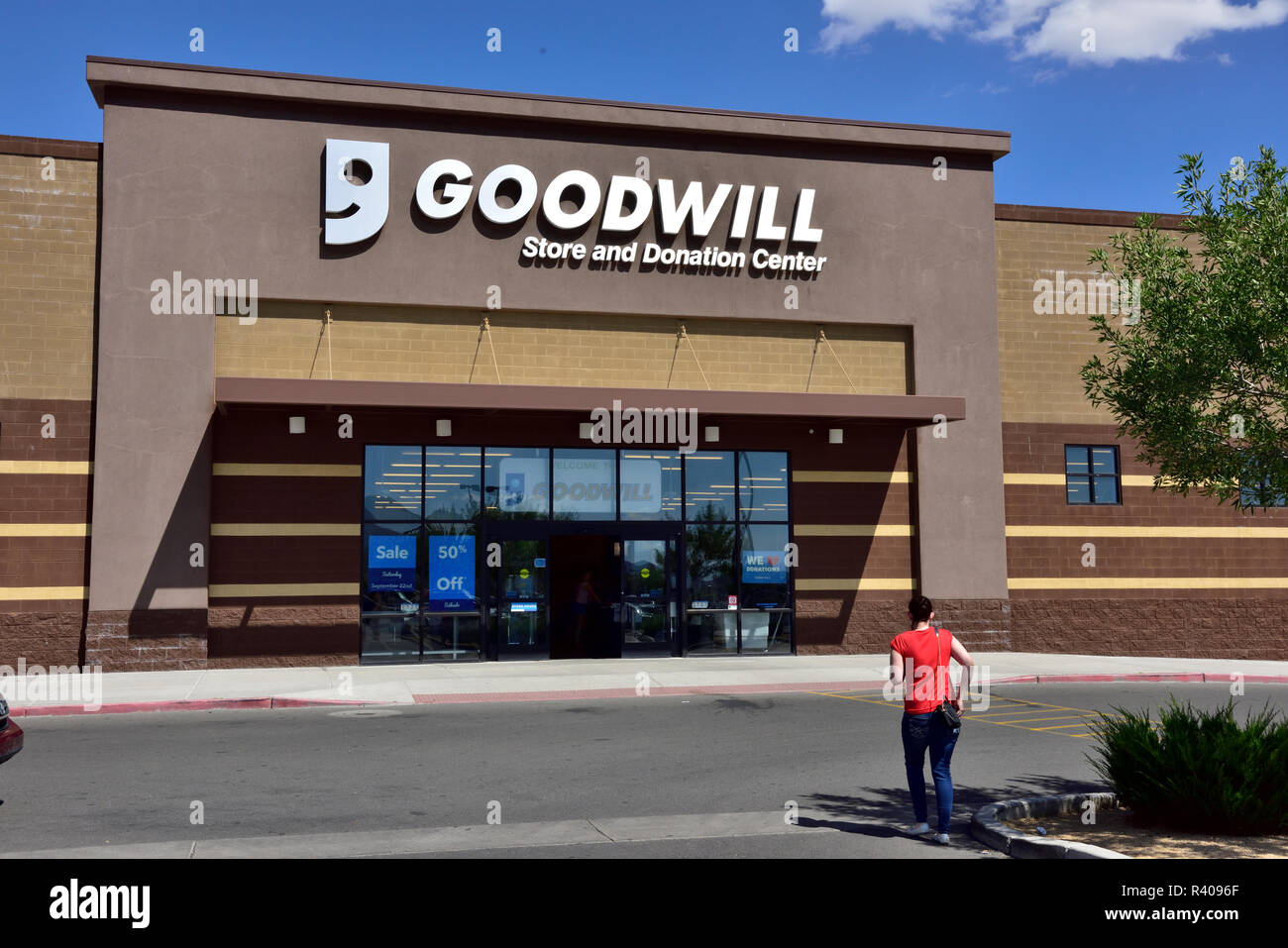 Goodwill store and donation center, Arizona, USA - Stock Image