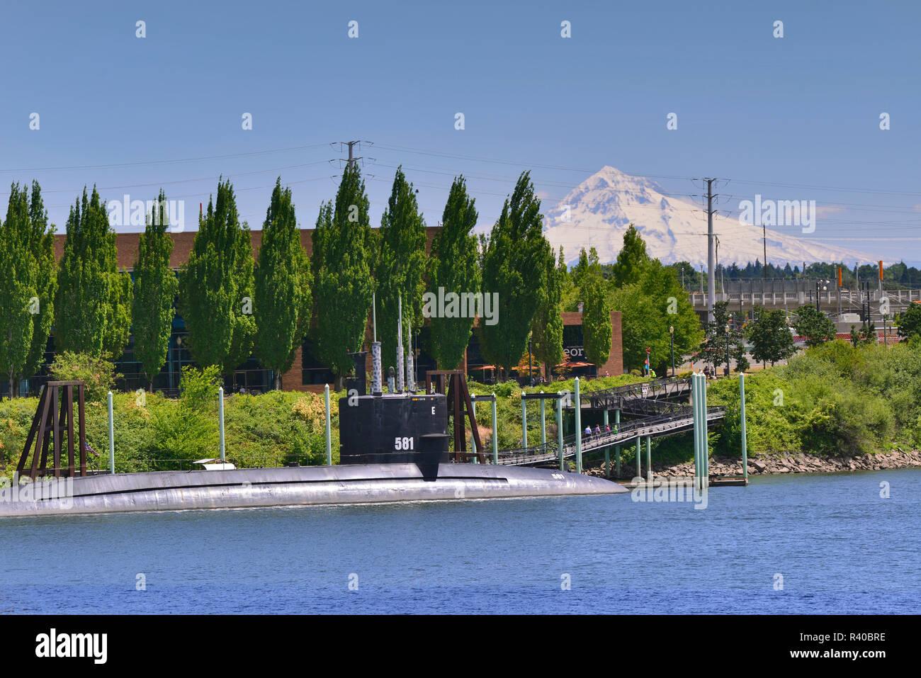 USA, Oregon, Portland  USS Blueback (SS-581) submarine and