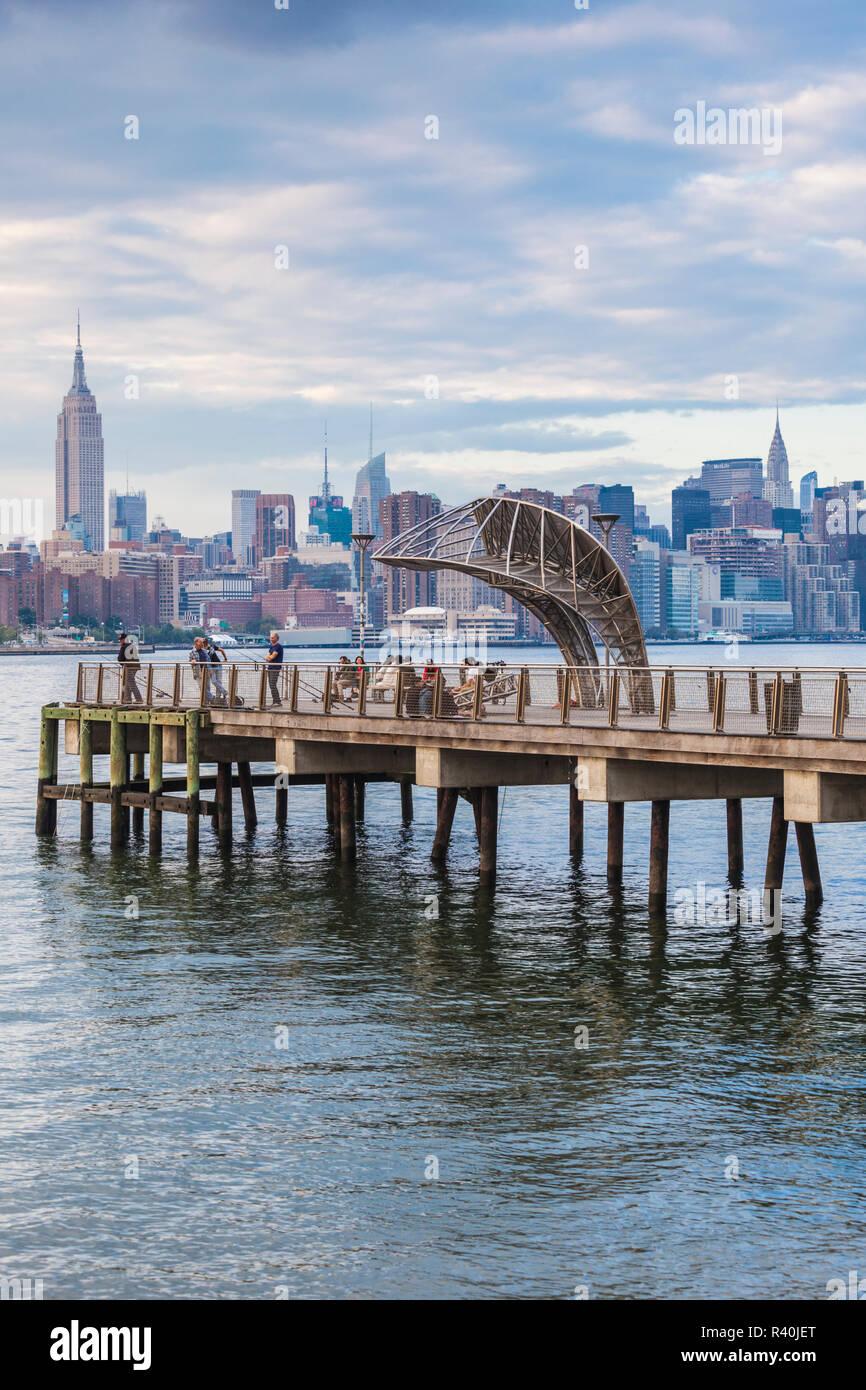 USA, New York, Brooklyn, Williamsburg, ferry pier Stock