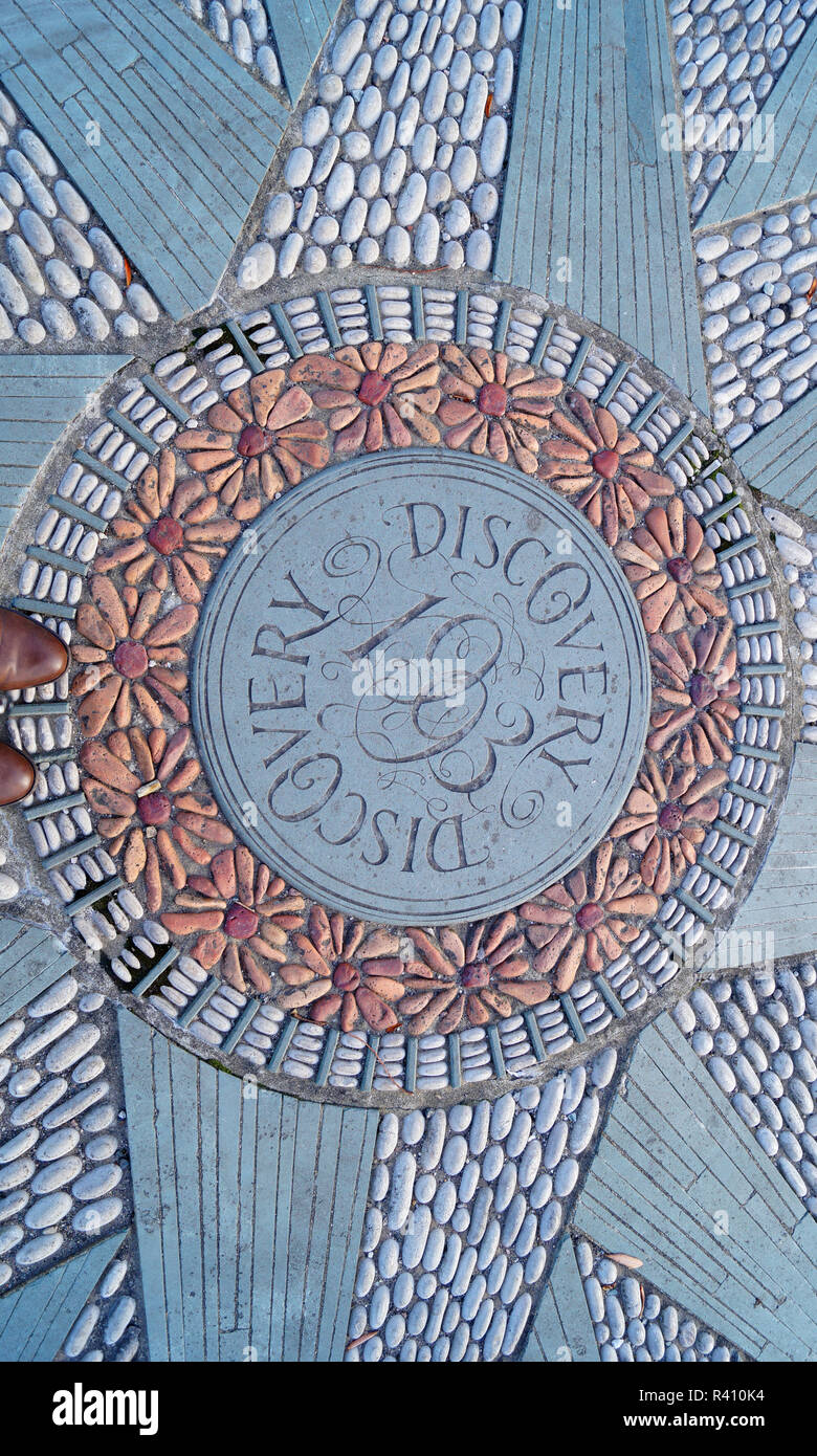 Dundee, City of Discovery, Paving Stones, Designer Pavement/Sidewalk in Dundee Scotland - Stock Image