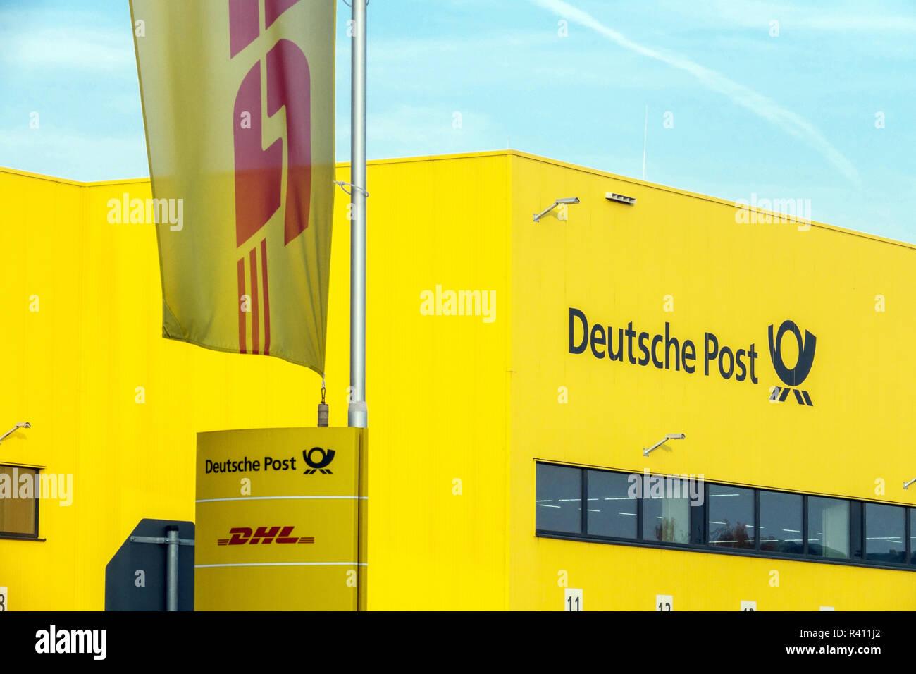 Deutsche Post, DHL Distribution Center, Berlin Germany - Stock Image