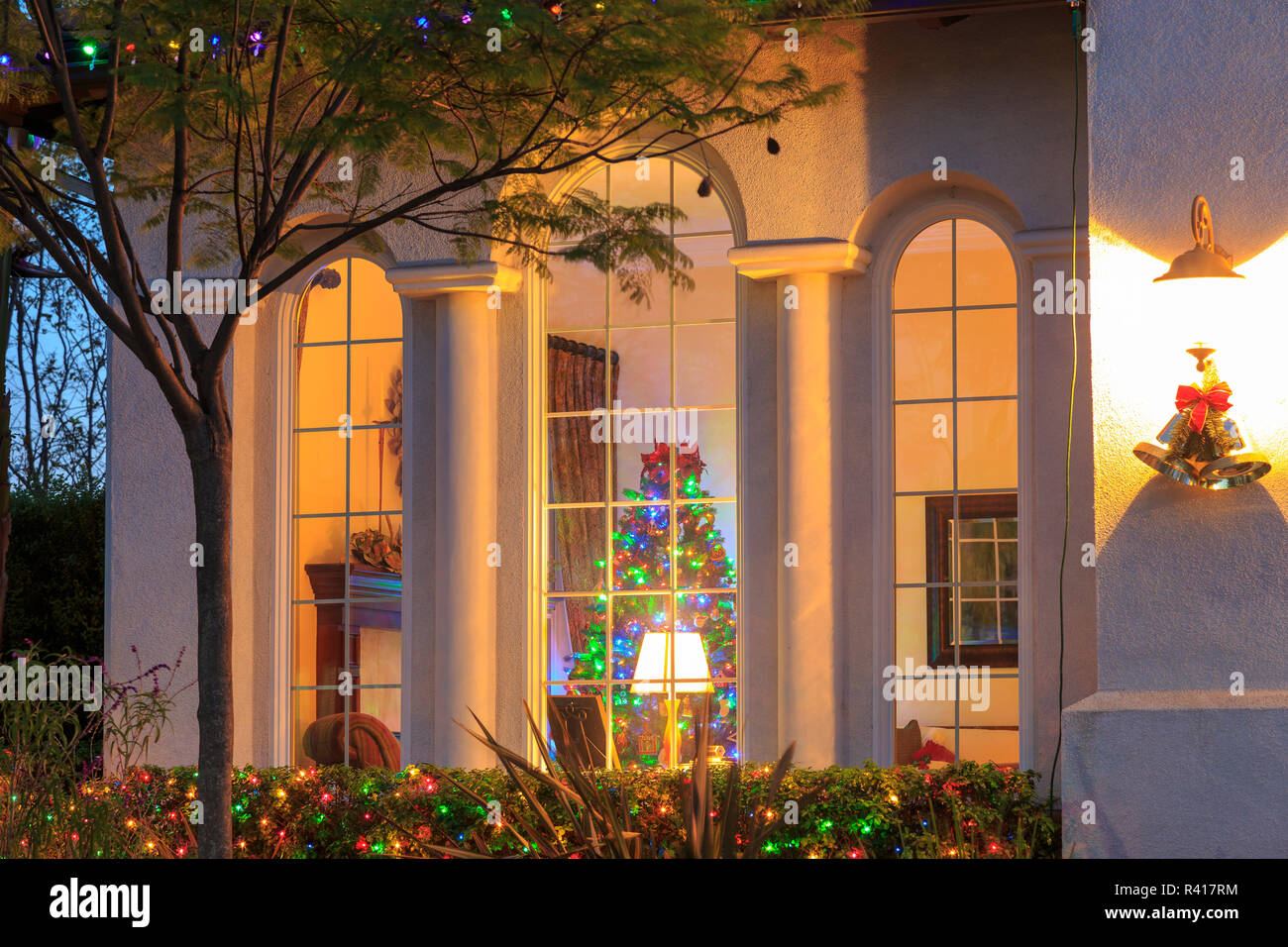 San Diego Christmas Lights.Home In Upscale Chula Vista Neighborhood With Christmas