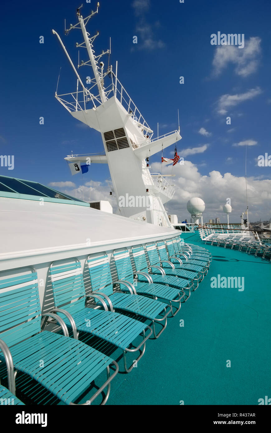 The crow's nest and satellite equipment on the upper deck of Royal Caribbean Interational's Majesty of the Seas cruise ship. - Stock Image