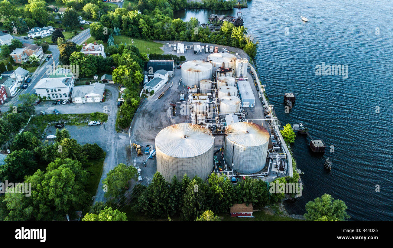 Peckham Industries Inc, Petroleum Refining, Athens, NY, USA - Stock Image