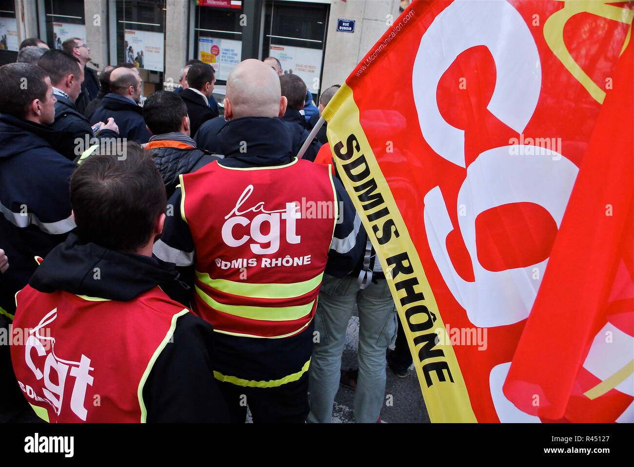Firefigheters protest working conditions decline, Lyon, France - Stock Image