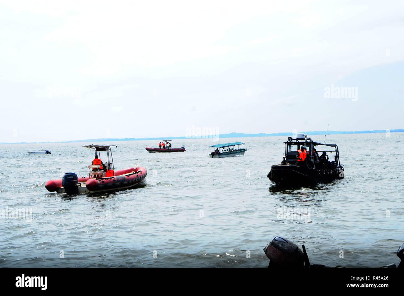 Tragic Fishing Accident In Lake Geneva >> Boat Accident Stock Photos Boat Accident Stock Images Page 3 Alamy