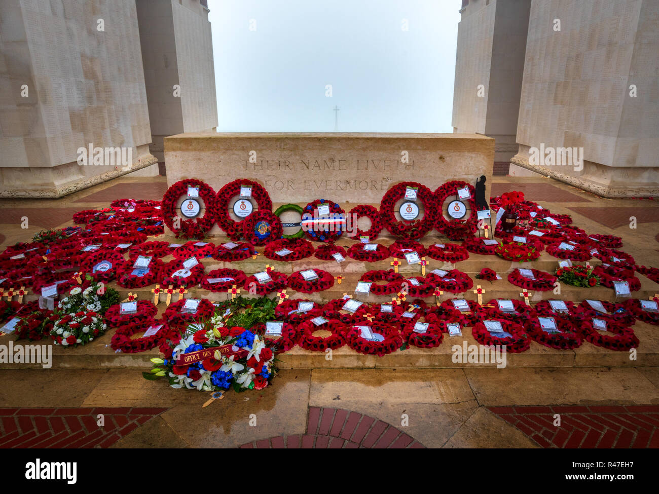 Poppy wreaths laid at stone of remembrance at Thiepval Memorial to the Missing to mark centenary of Armistice - Stock Image