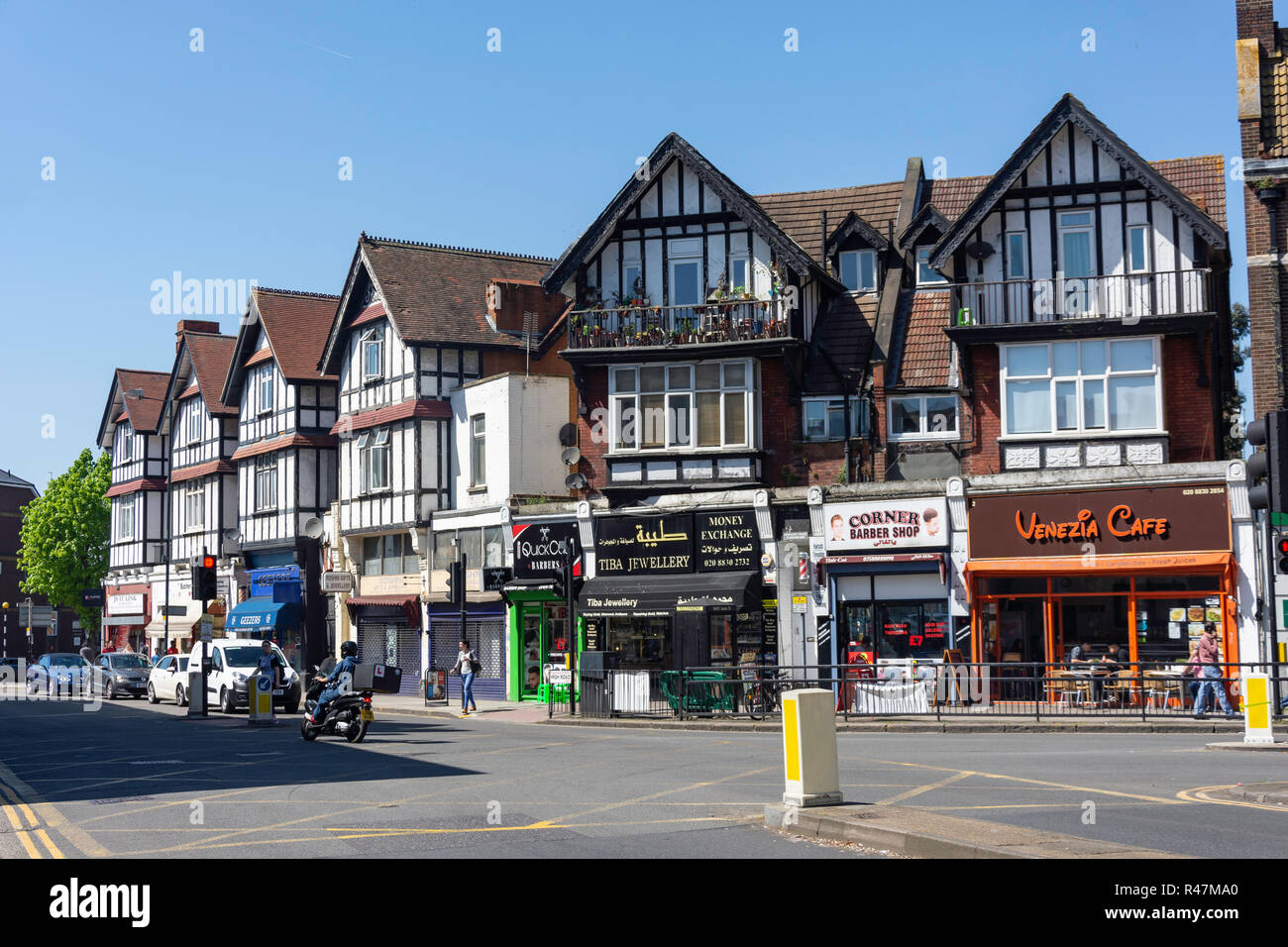 High Road, Willesden Green, Willesden, London Borough of Brent, Greater London, England, United Kingdom - Stock Image