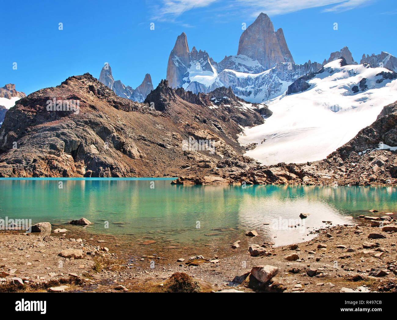 Mountain landscape with Mt Fitz Roy and Laguna de Los Tres in Los Glaciares National Park, Patagonia, Argentina, South America - Stock Image