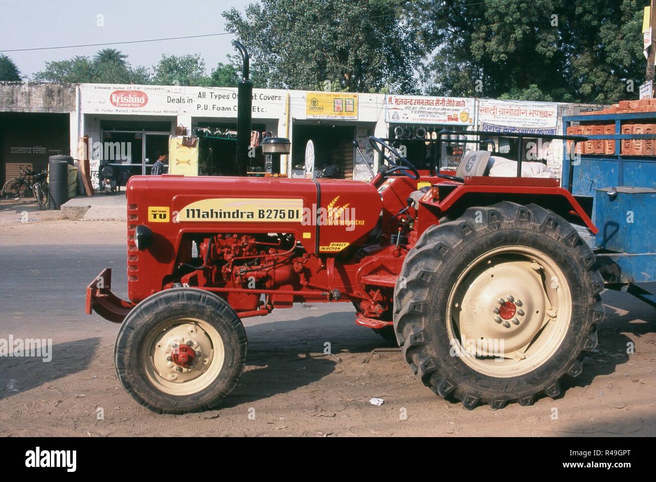 Mahindra Tractor Stock Photos & Mahindra Tractor Stock