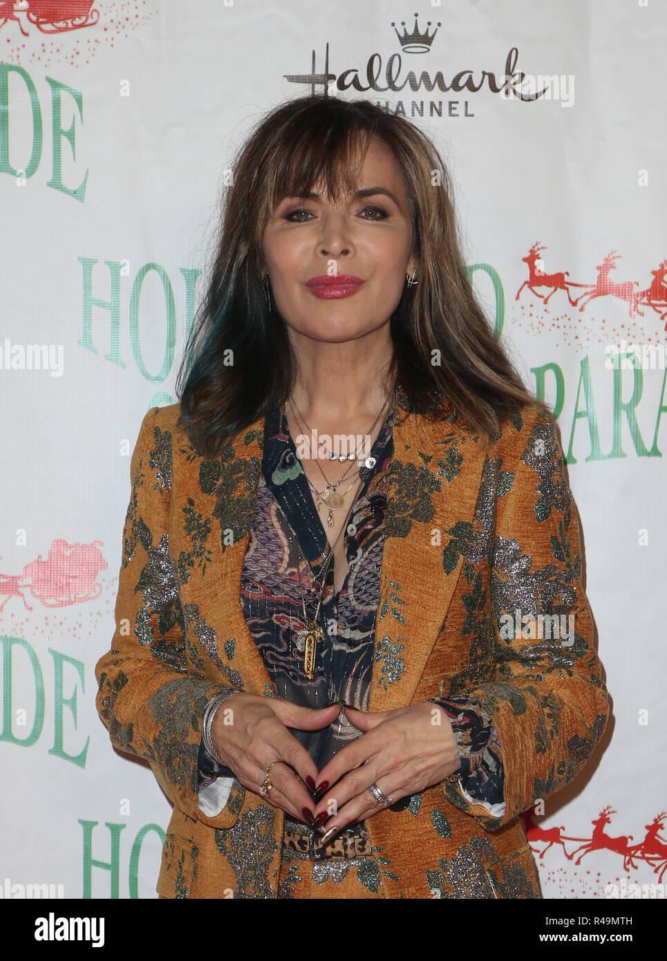 Hollywood Christmas Parade 2019.Hollywood Ca 25th Nov 2018 Lauren Koslow At 87th Annual