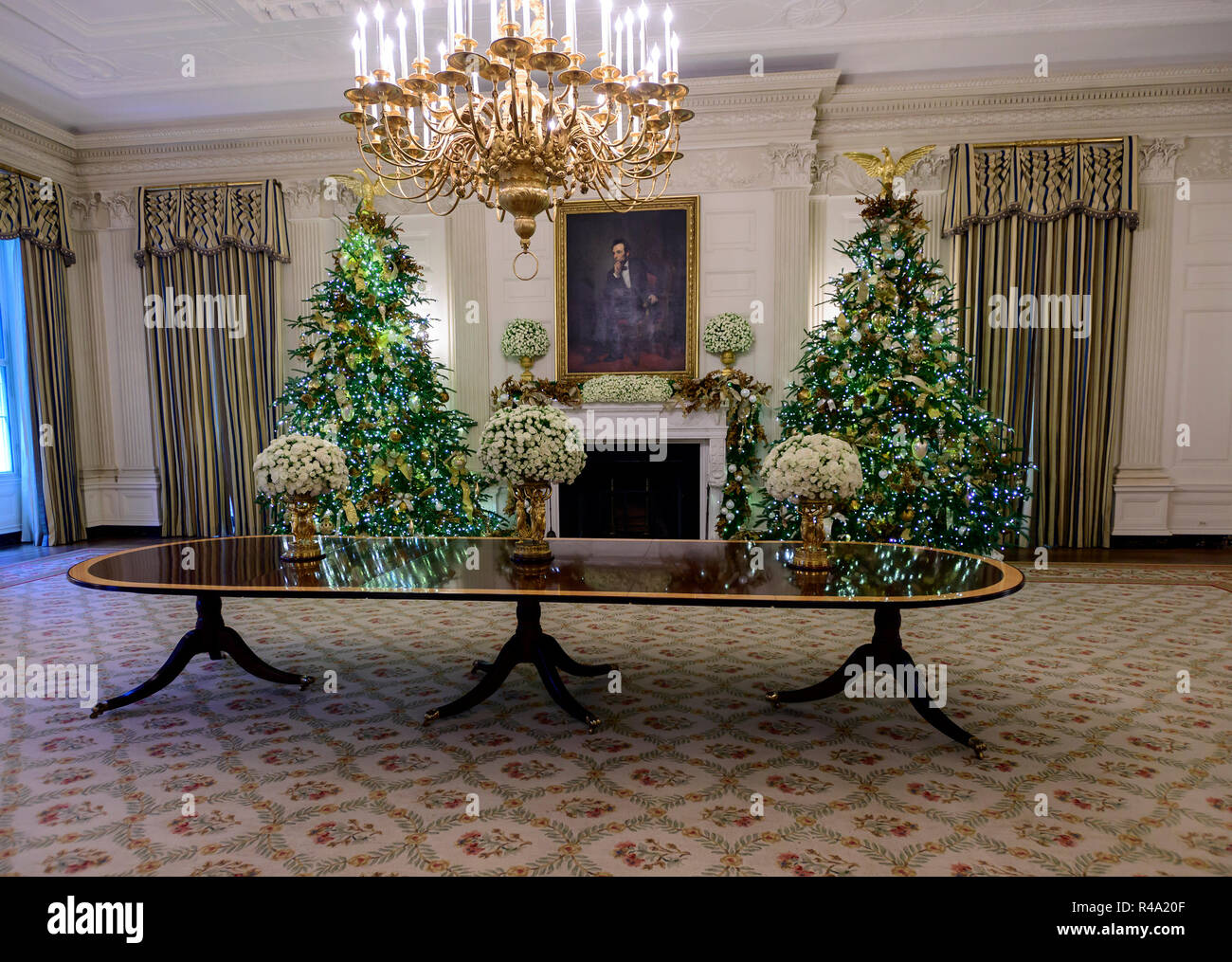 The 2018 White House Christmas Decorations With The Theme American