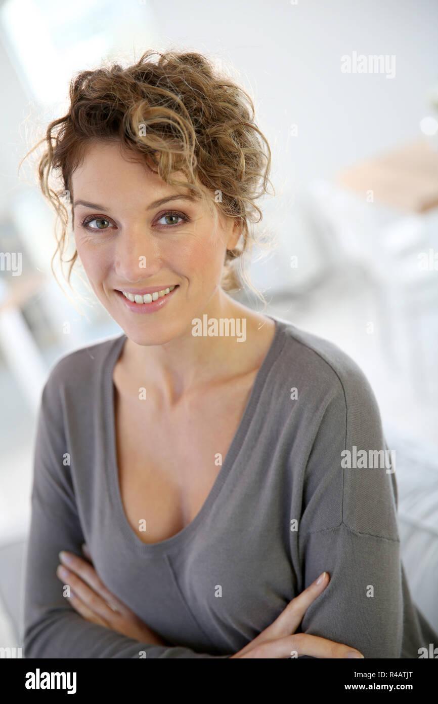 Frau 35 single