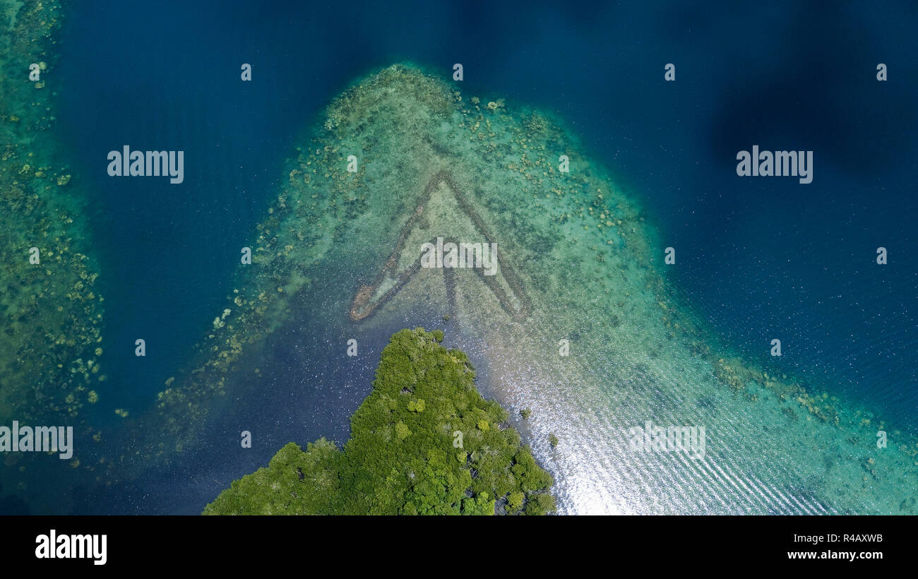 Yap Island, inner reef, lagoon, traditional fish trap, Yap, Caroline Islands, Federal States of Micronesia - Stock Image