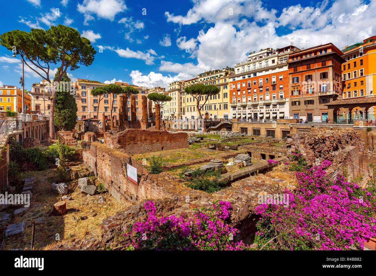 Largo di Torre Argentina, Rome, Italy - Stock Image