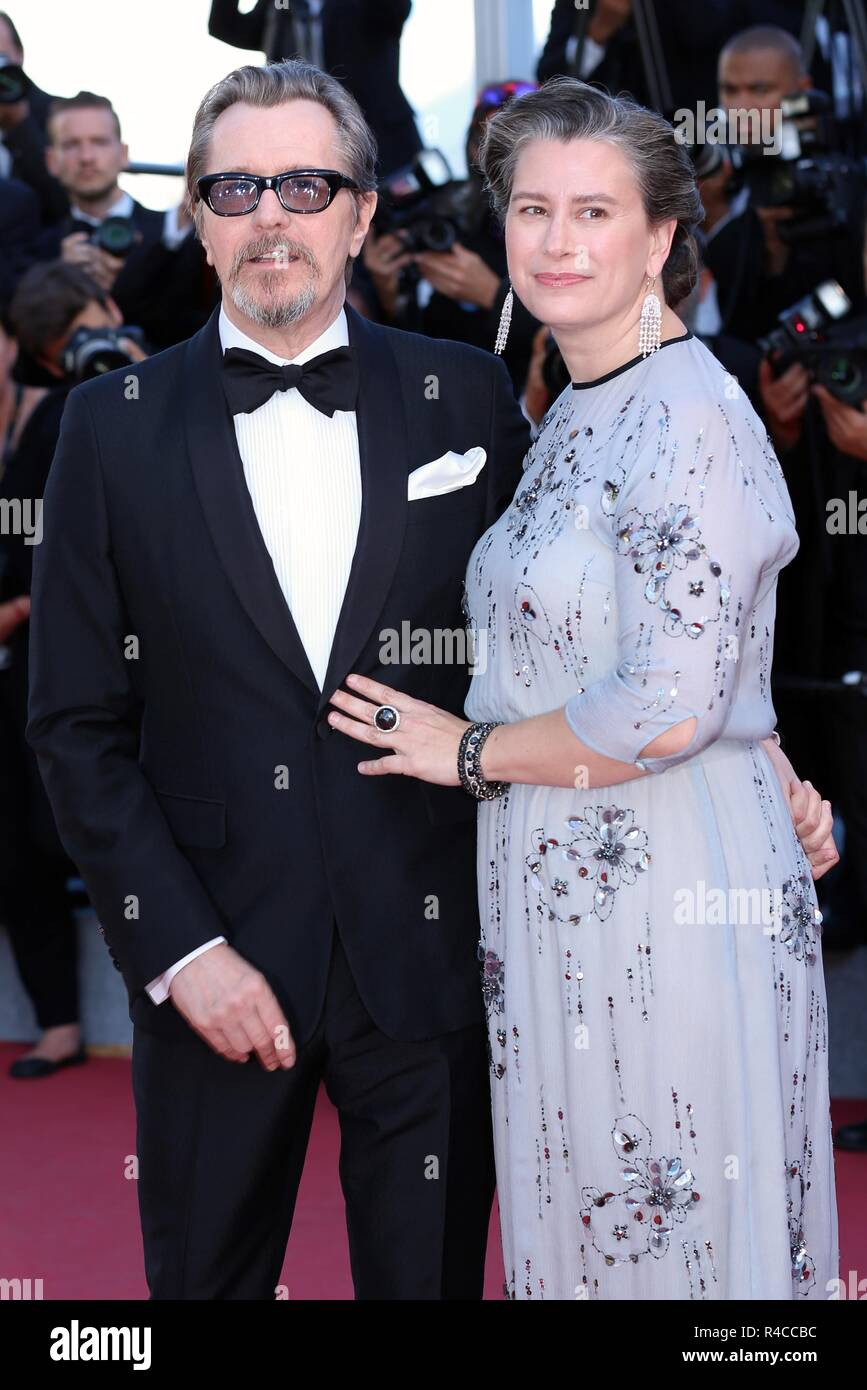 CANNES, FRANCE – MAY 19, 2018: Gary Oldman and wife Gisele Schmidt walk the red carpet at 'The Man Who Killed Don Quixote' screening - Stock Image