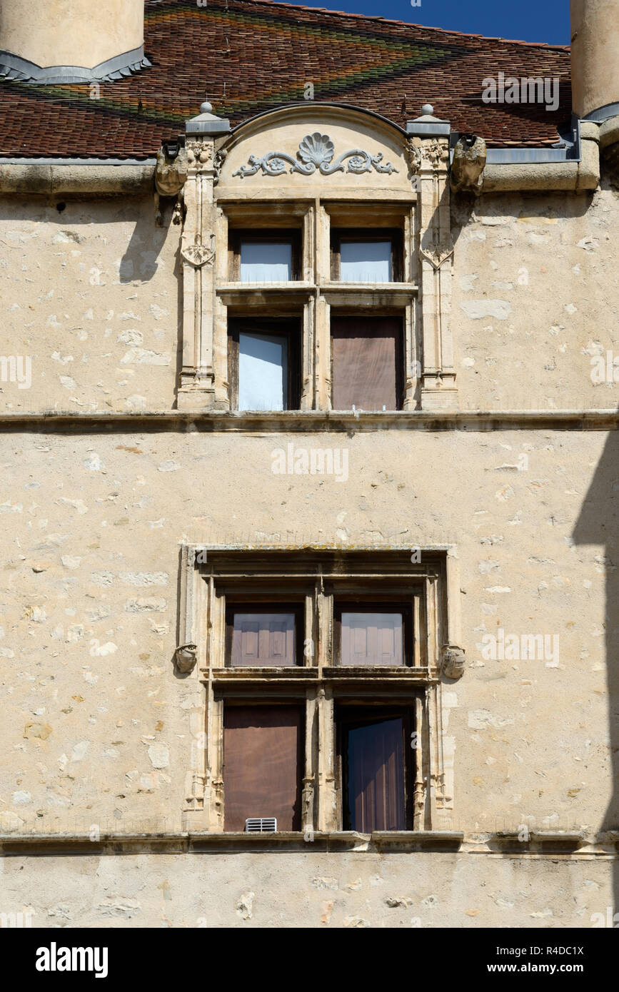 Medieval Mullioned Windows of Gothic & Renaissance Chateau (1510-1515), now the Town Hall or Mairie, at Château-Arnoux Provence France - Stock Image
