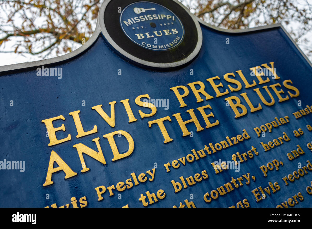 Mississippi Blues historical marker at the birthplace of Elvis Presley in Tupelo, Mississippi. (USA) - Stock Image