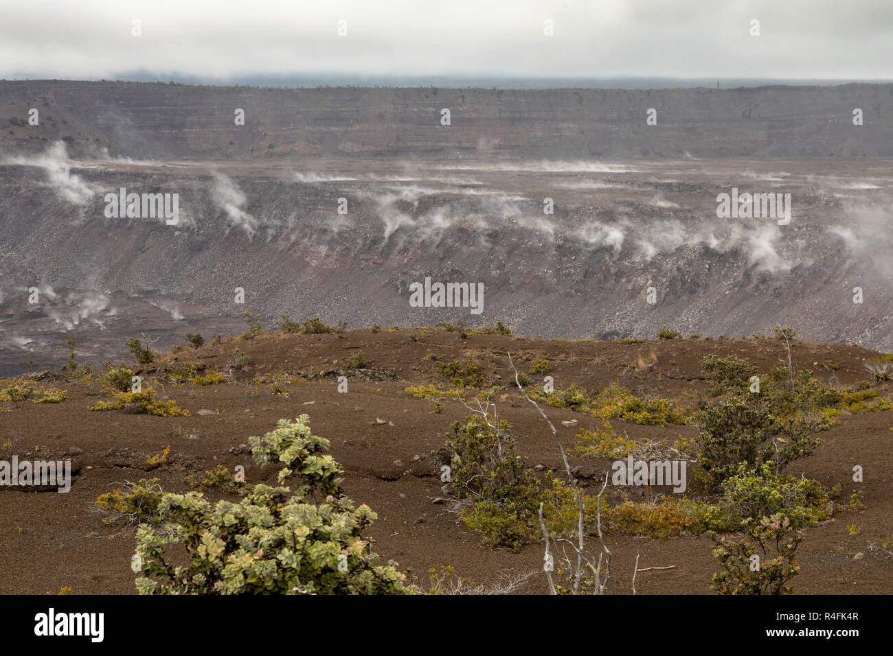 Hawaii Volcanoes National Park, Hawaii - Steam vents in the Kilauea caldera folling the 2018 volcanic eruption. - Stock Image
