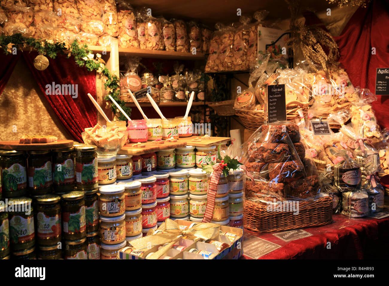 Christmas market delicatessen at Zurich train station, Zurich, Switzerland, Europe - Stock Image