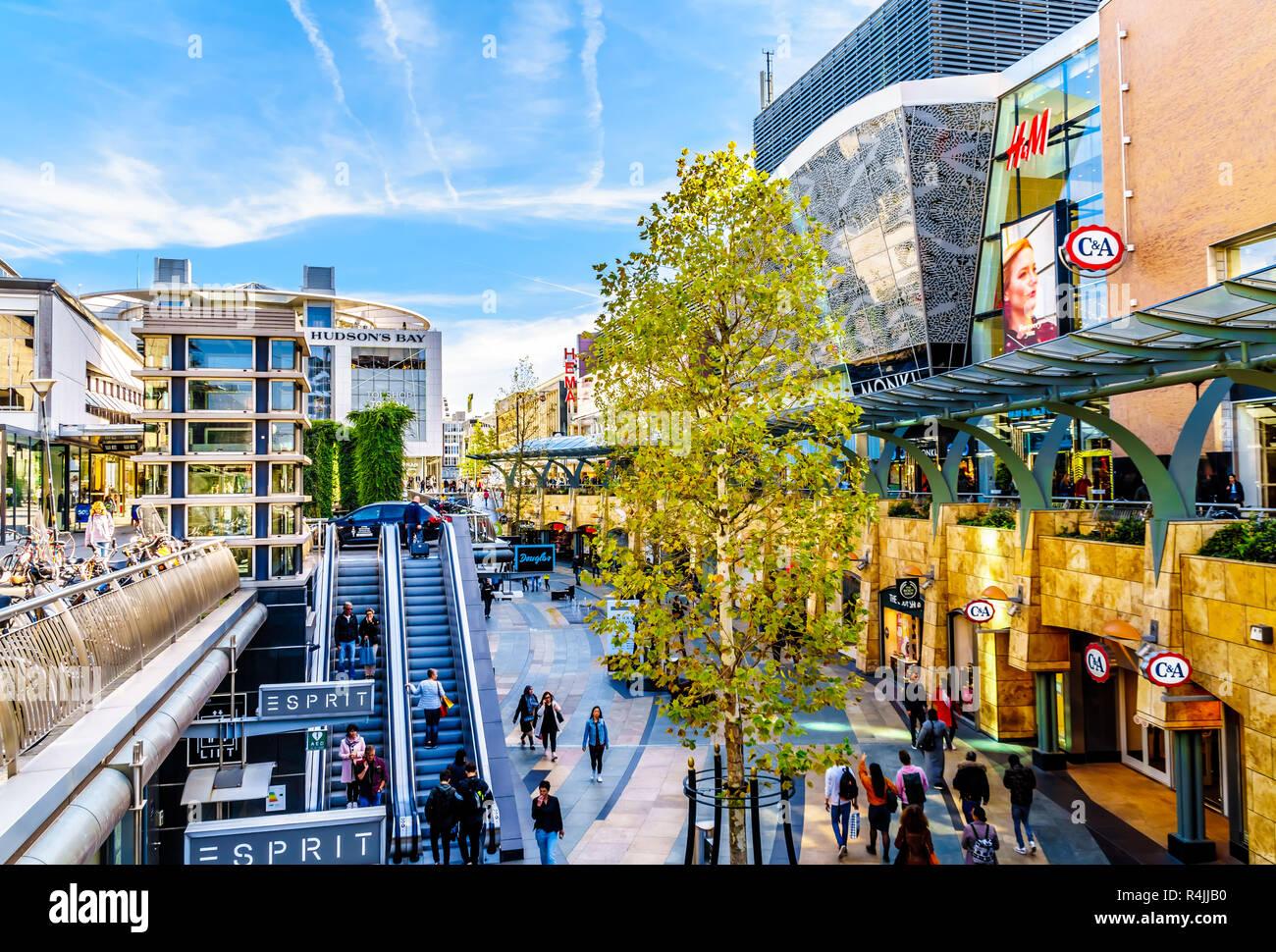 Beursplein Rotterdam Shopping Stock Photos Beursplein Rotterdam