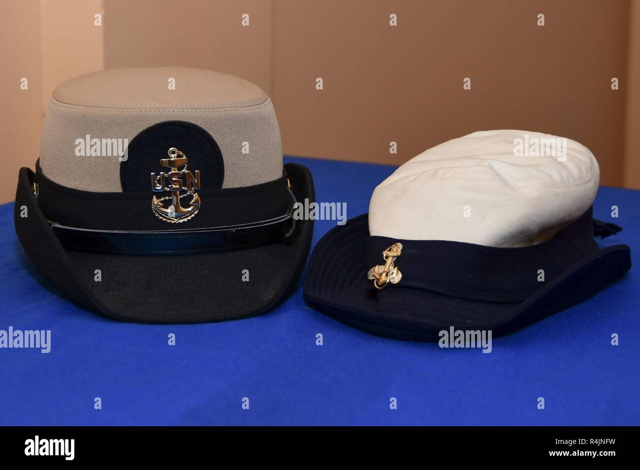 736cd9f20 A chief petty officer combination or