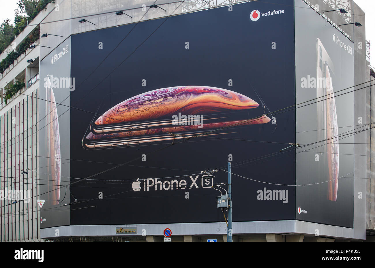 MILANO,ITALY-10 OCTOBER,2018: New Apple Iphone XS advertisement banner on Apple Store in Italian city street.Luxury smart phone Ten S model Stock Photo