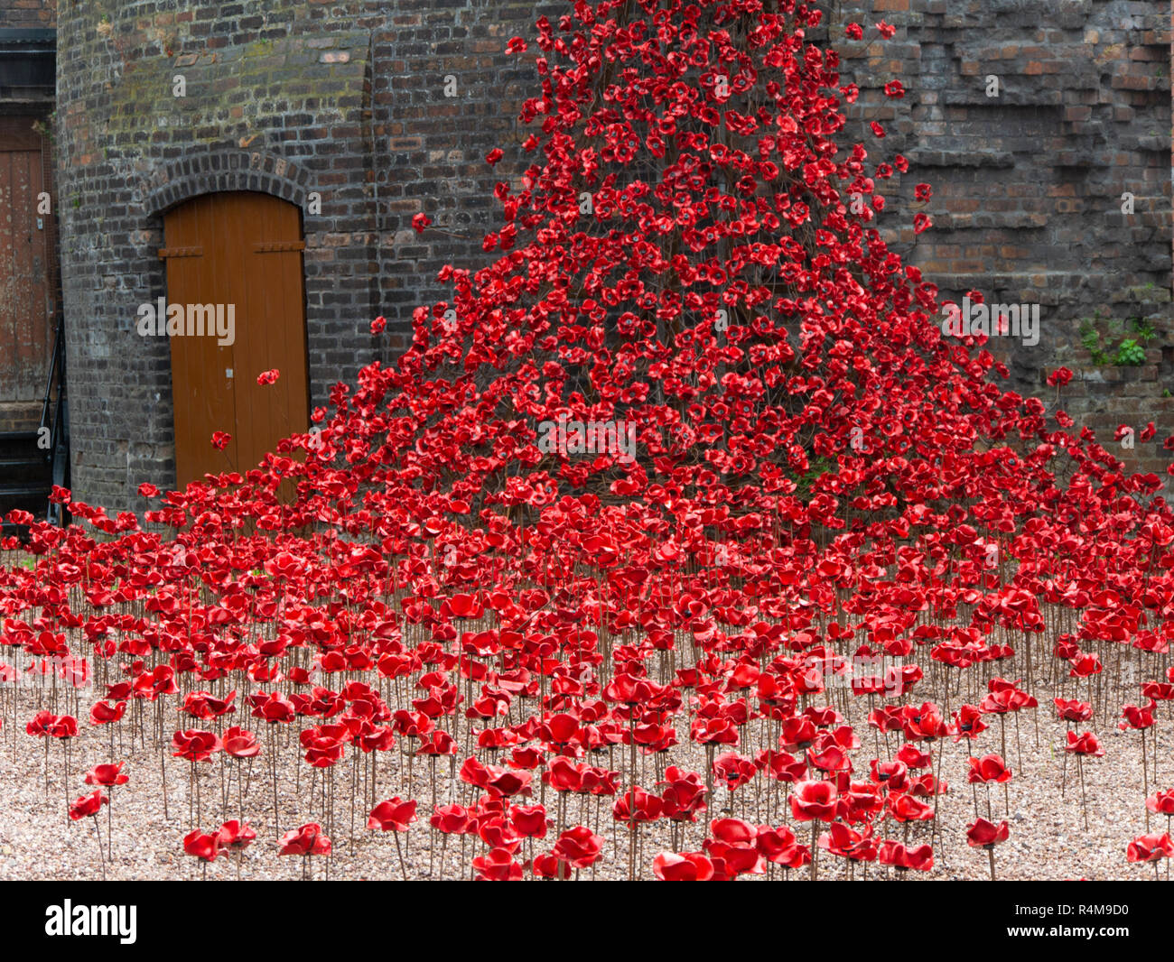 Weeping window, Middleport pottery, Stoke-on-Trent 2018, art installation commemorating 100th anniversary of the end of WW1 - Stock Image