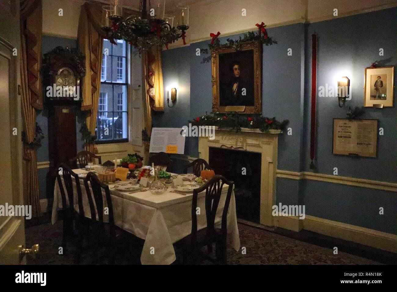 Food Glorious Food : Dinner with Dickens - Stock Image