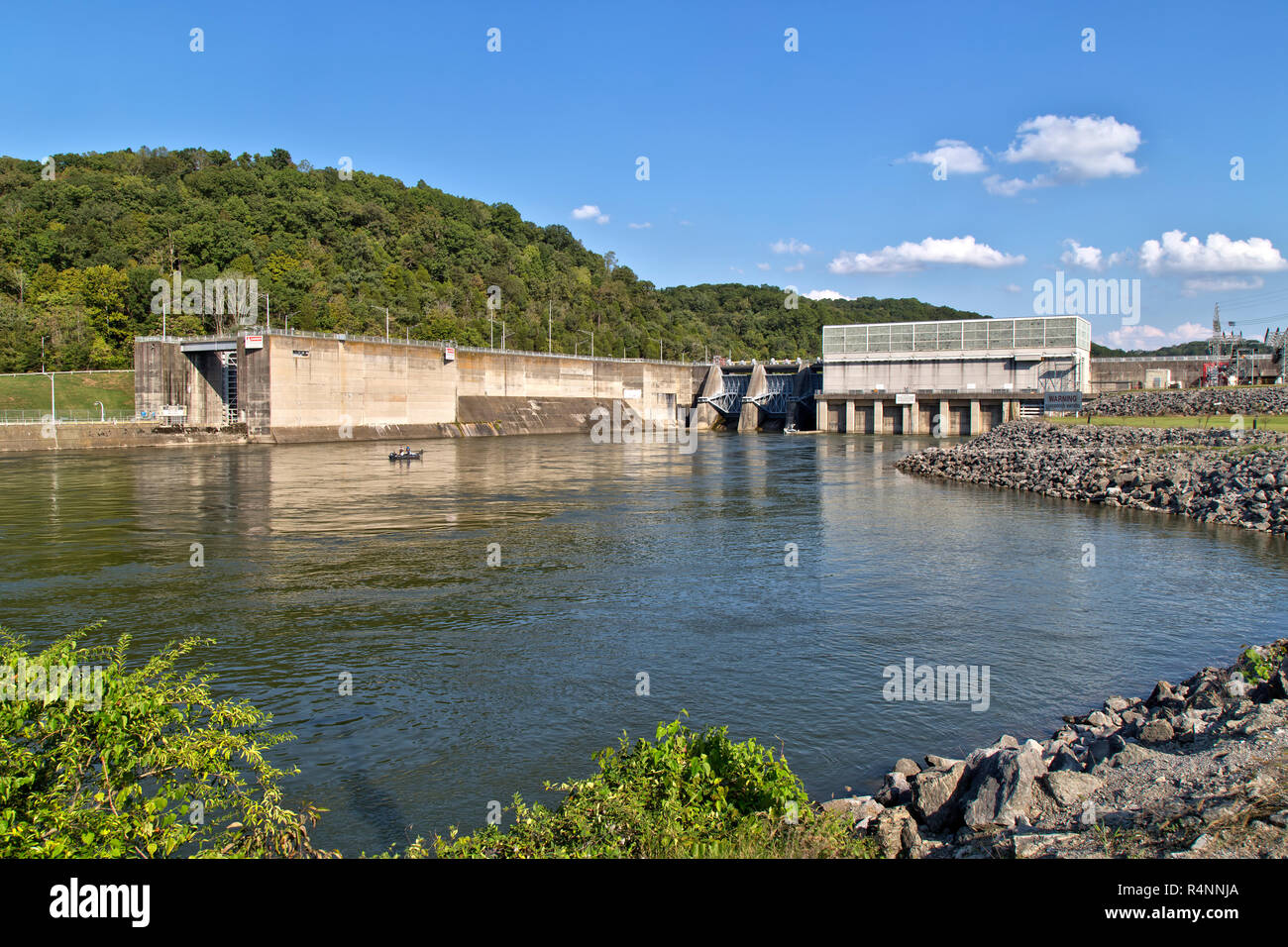 Melton Hill Hydroelectric Dam & Power Station. Melton Hill Recreation Area,  U.S. Army Corps Of Engineers. - Stock Image