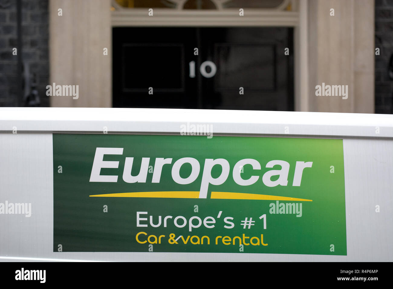 London Uk 28th November 2018 Downing Street London Europcar
