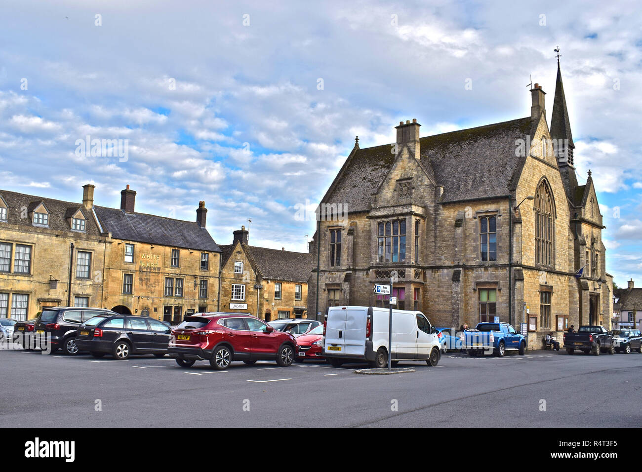 St Edwards Hall in the market square, also houses the local library and visitor centre in Stow-on-the-Wold,Cotswolds,Gloucestershire Stock Photo