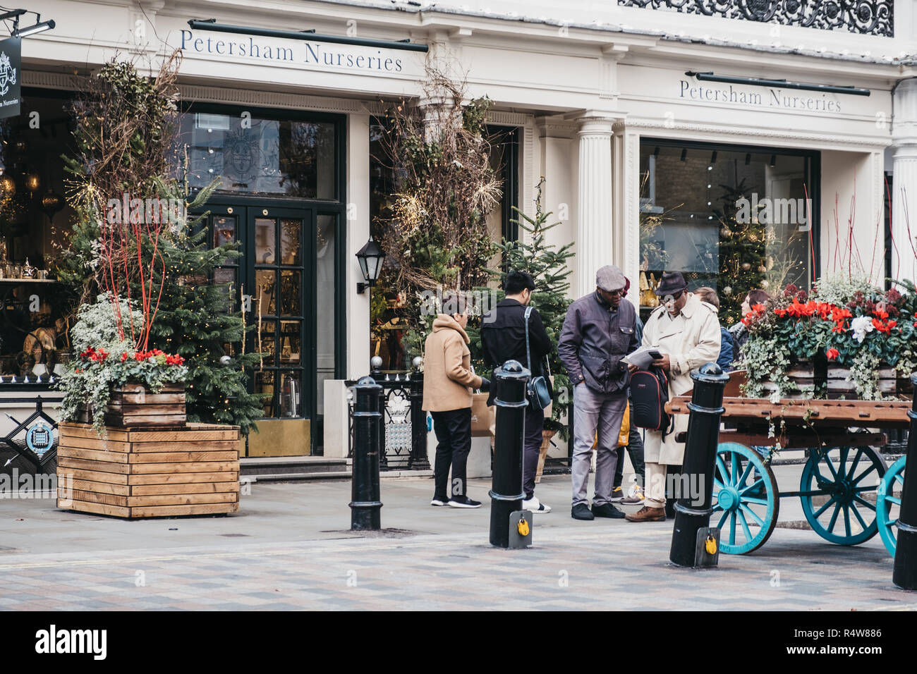 London Uk November 21 2018 People Walking Past Petersham Nurseries In Covent Garden London Uk Covent Garden Is A Famous Tourist Area In London Stock Photo Alamy