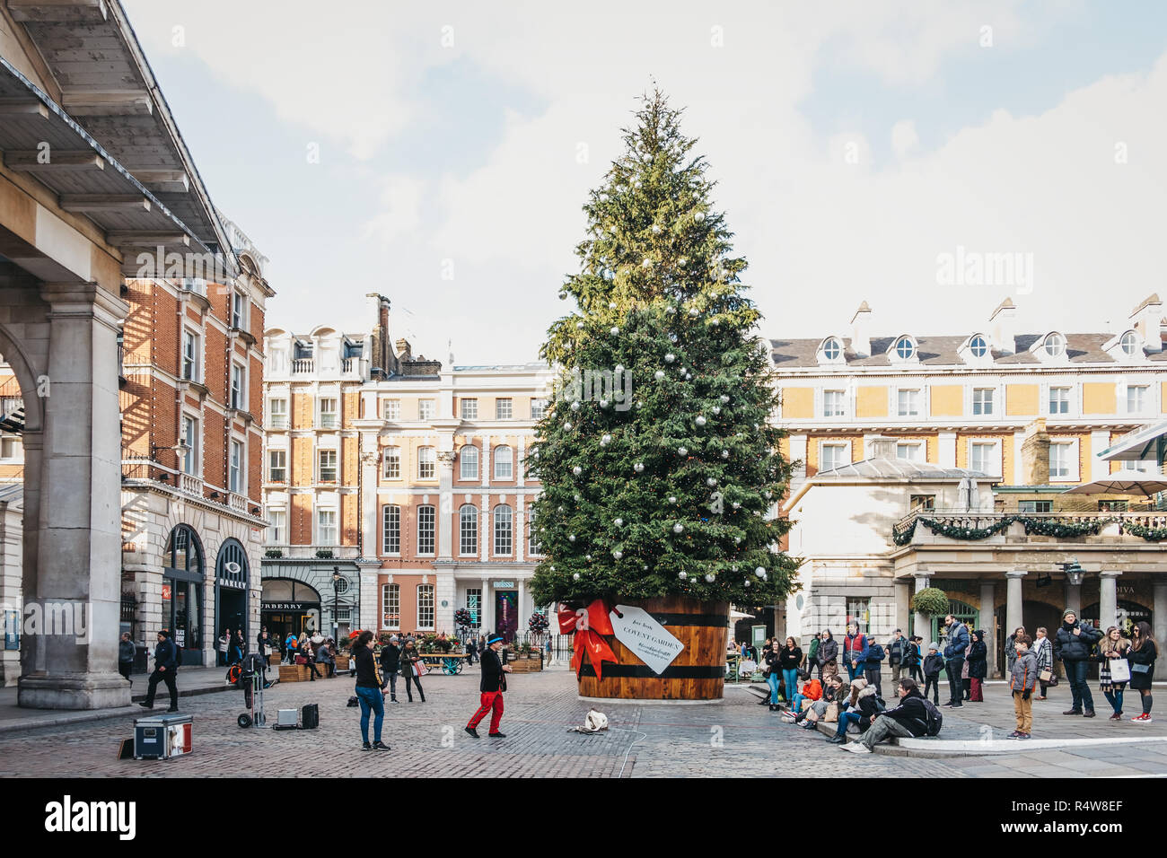 Giant Christmas Tree Stock Photos & Giant Christmas Tree