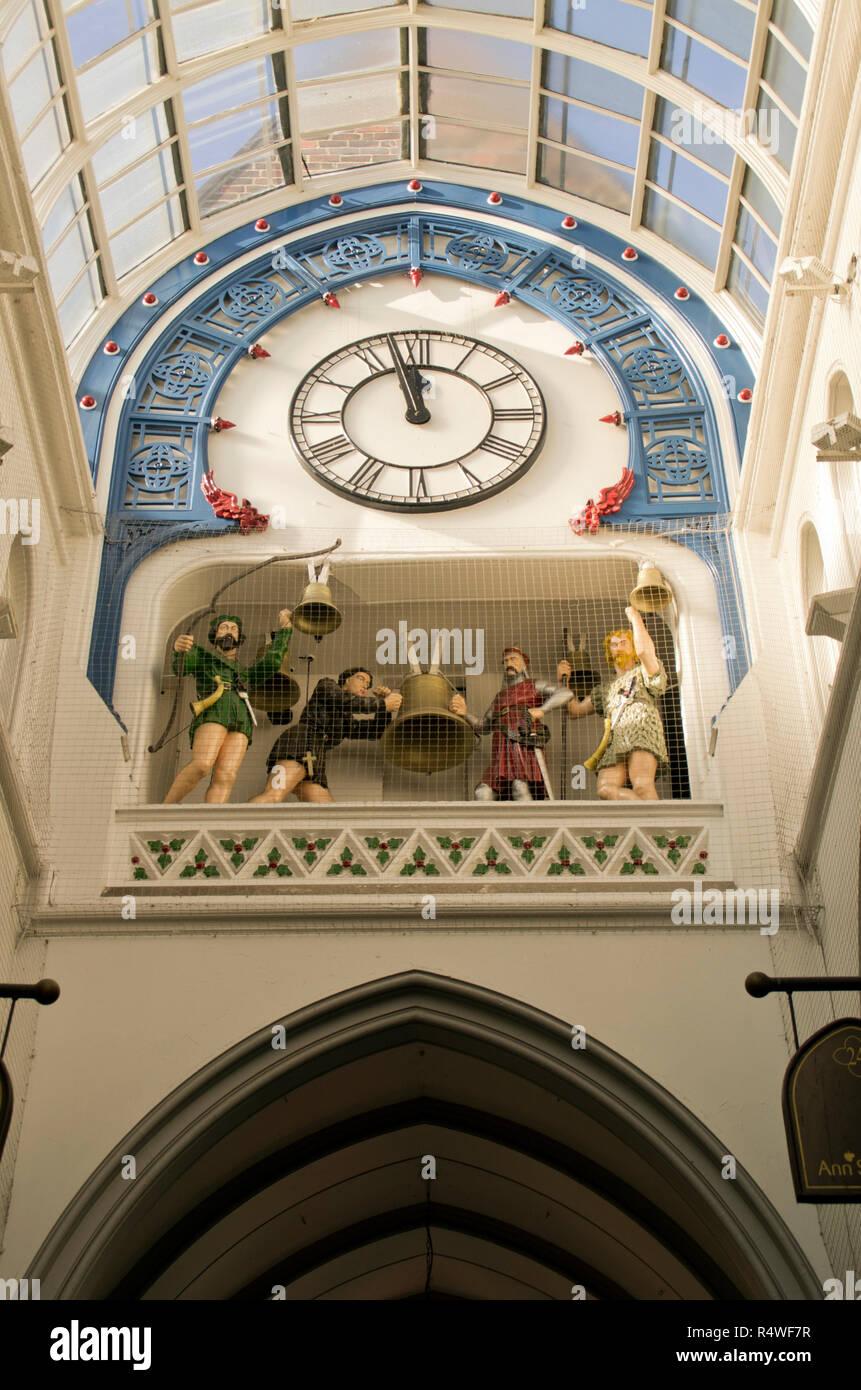 The animated clock, Thorntons Arcade Leeds - Stock Image