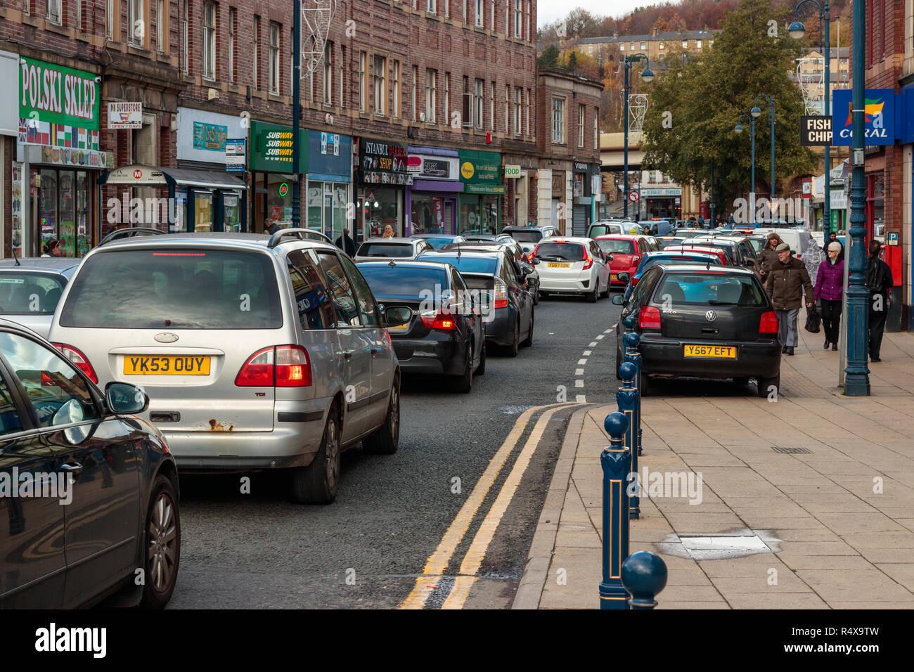 Traffic on Longcauseway, Dewsbury - Stock Image