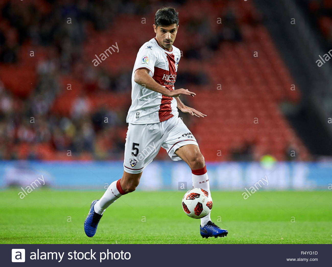 Bilbao, northern Spain, Wednesday, November, 28, 2018. (5) Juan Aguilera during the Spanish Copa del Rey soccer match between Athletic Club Bilbao and S.D Huesca at San Mames stadium. Credit: Ion Alcoba Beitia/Alamy Live News - Stock Image