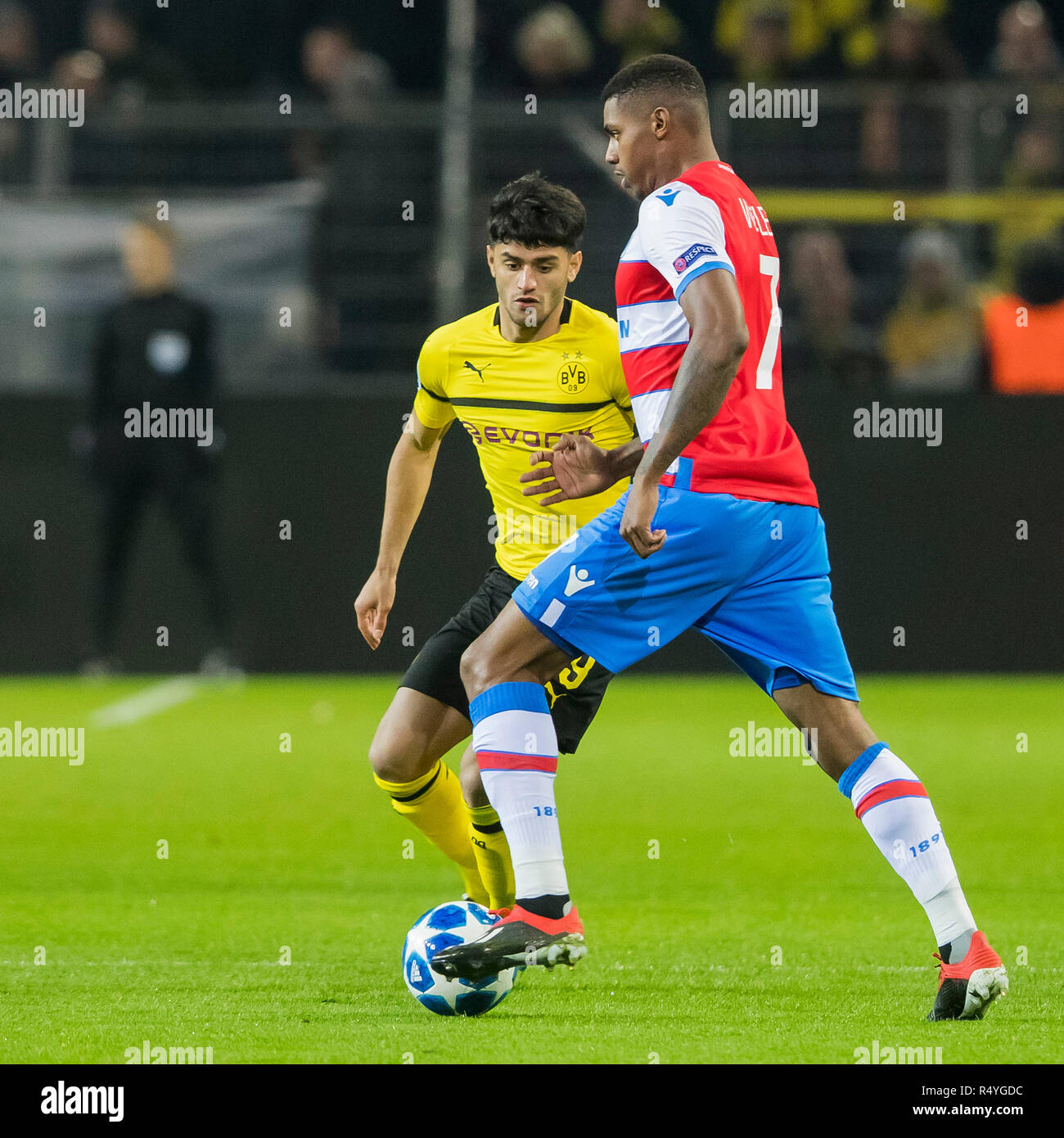 Champions League 4 Matchday Round Season 2018 2019: Mahmoud Dahoud Stock Photos & Mahmoud Dahoud Stock Images