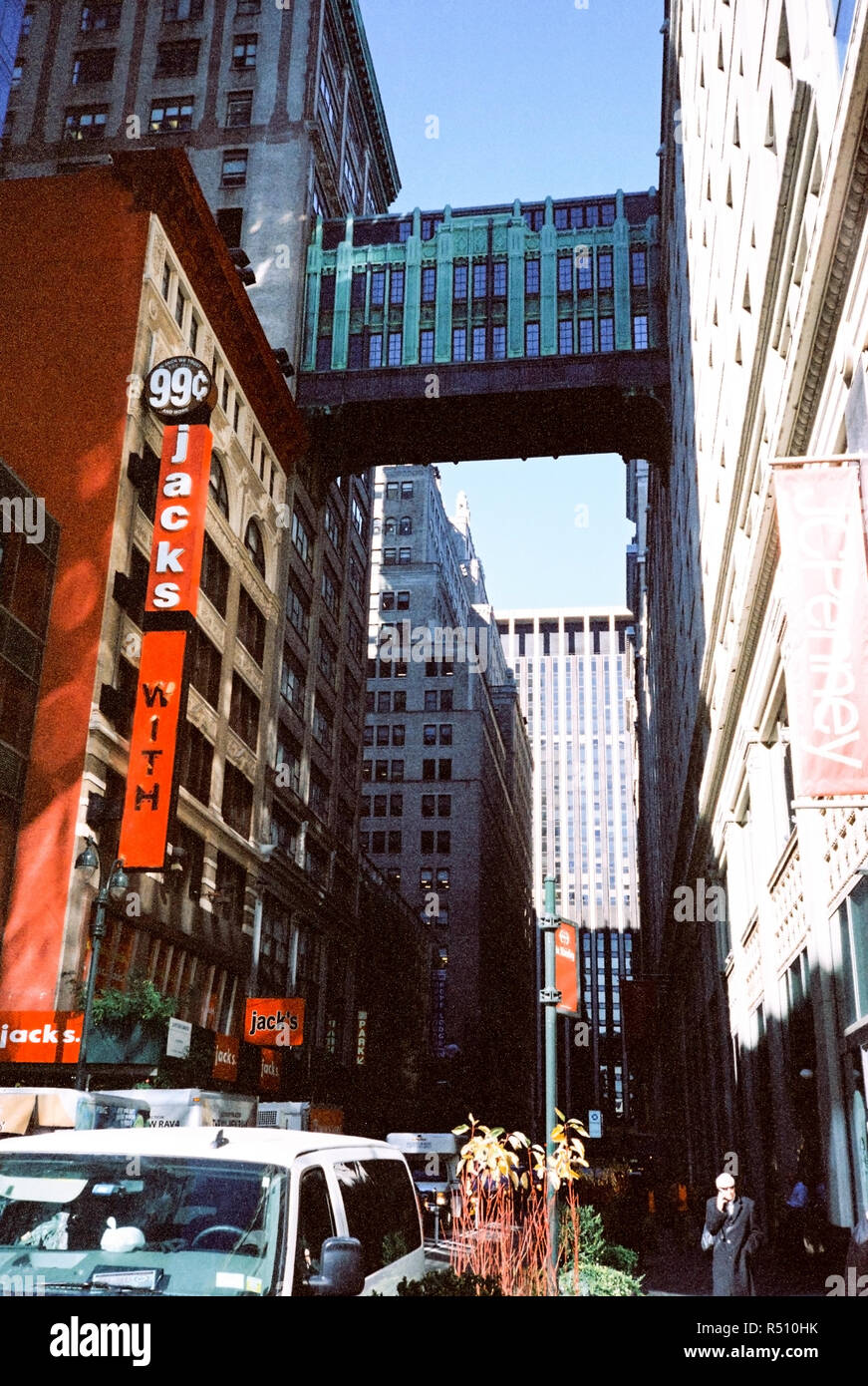 Jacks World 99 Cent Store In Midtown Manhattan And The West 32nd Street Sky Bridge