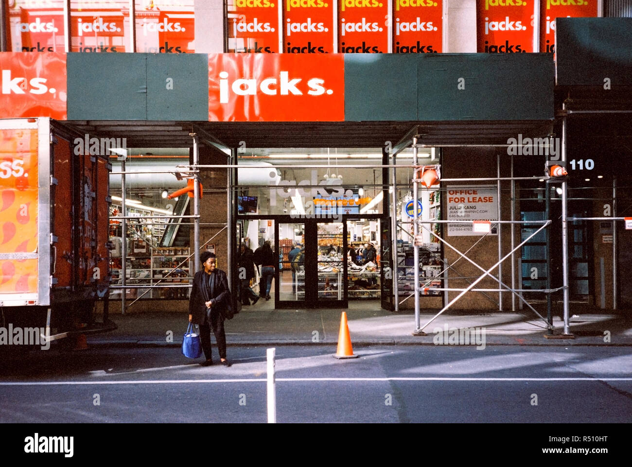 Jacks World 99 Cent Store In Midtown Manhattan 32nd Street New York City