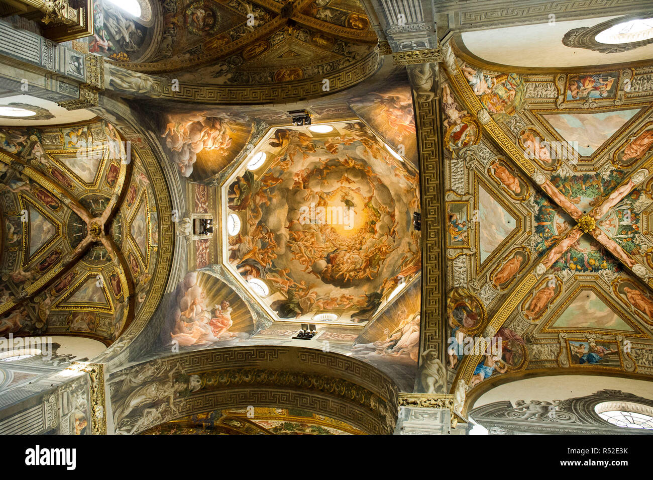 Italy, Emilia Romagna, Parma, Cathedral S. Maria Assunta, learned of the dome of the Assumption of the Virgin painted by Correggio - Stock Image
