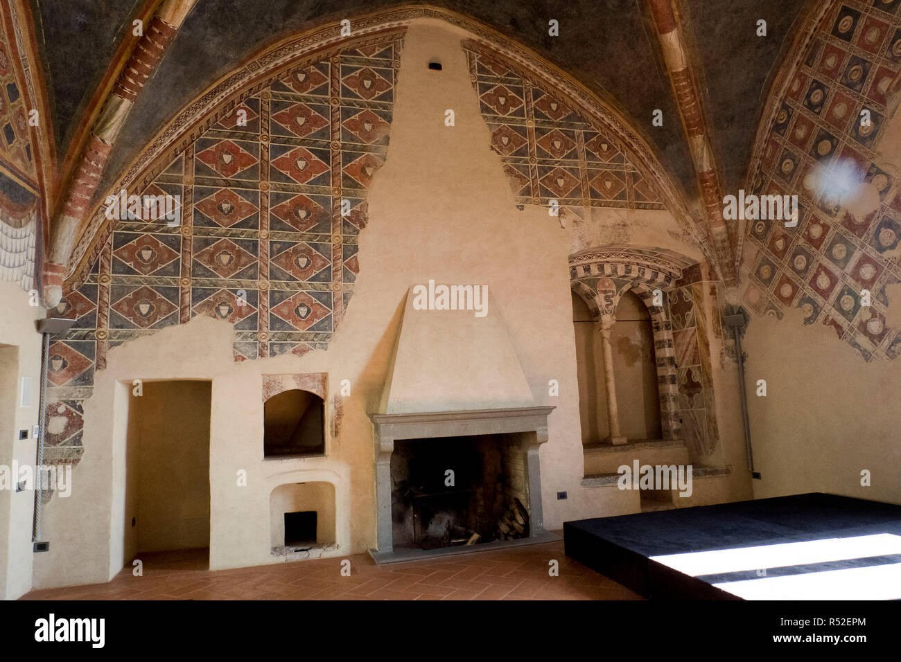 Italy, Lombardia, Cassano Adda - Castle built in the Middle Ages, renovated by Ottone Visconte. It was inhabited by Leonardo da Vinci in the tower. Frescoed rooms, Stock Photo