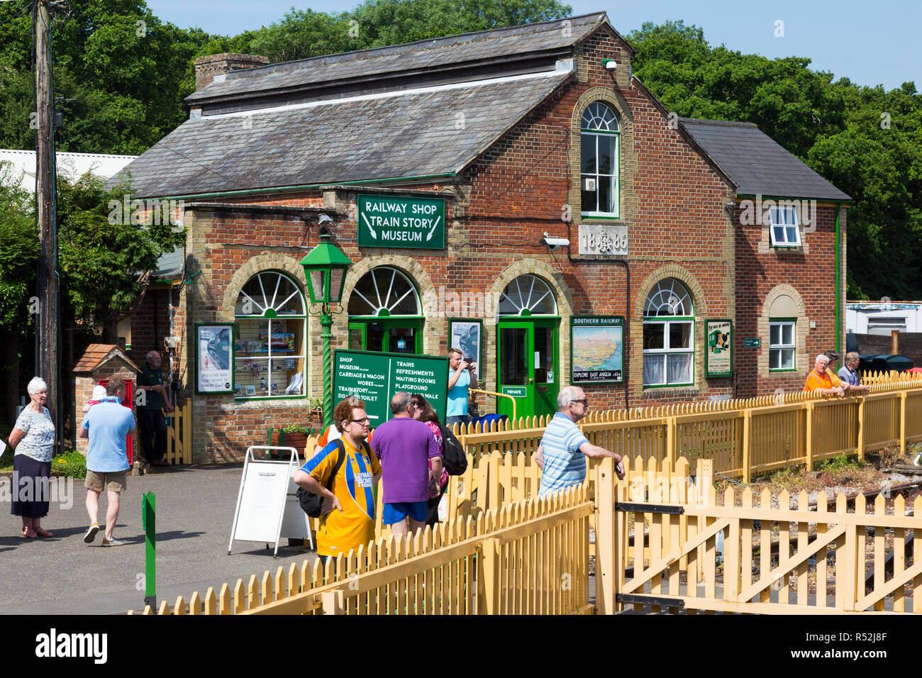 Building which leads the way to The Train Story Museum and gift shop shop on the Isle of Wight steam Railway line. Station, Haven Street / Havenstreet, Ryde, UK. (98) - Stock Image
