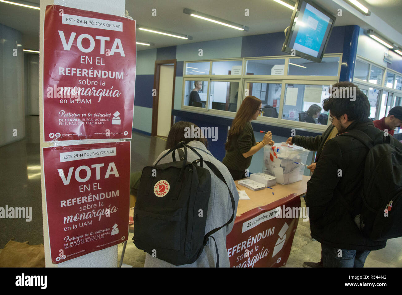 November 29, 2018 - Madrid, Spain - Placards announcing the voting seen inside the voting area..Volunteers from the Autonomous University of Madrid initiated the consultative referendum to decide if the thousands of students, professors and workers of the university want a legitimate vote to decide the form of the Spanish state and ask if they prefer monarchy or republic. This vote would mark the first voting date that would be extended to other Spanish universities and Spanish cities. (Credit Image: © Lito Lizana/SOPA Images via ZUMA Wire) - Stock Image