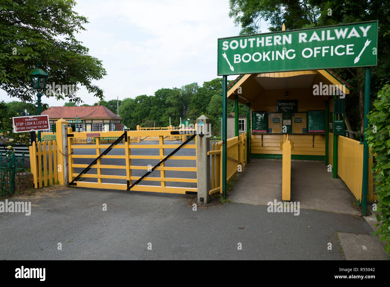 Booking office / ticket sales box / building & Southern Railway sign on the Isle of Wight steam Railway line. Station, Haven Street / Havenstreet, Ryde, UK. (98) - Stock Image
